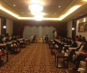 福建省莆田市市长李建辉迎接來自泰国的亚洲区和统会总会会长王志民
