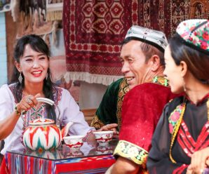 Kashgar natives open homes, hearts to immersive travelers